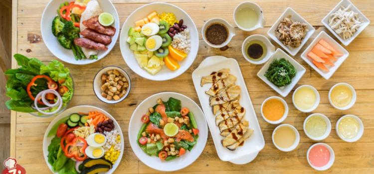 อิ่มอร่อยแบบสุขภาพดี กับเมนูสลัดคุณภาพ พร้อมน้ำสลัดและท๊อปปิ้งหลากรส ที่ร้าน 'Salad Mania'