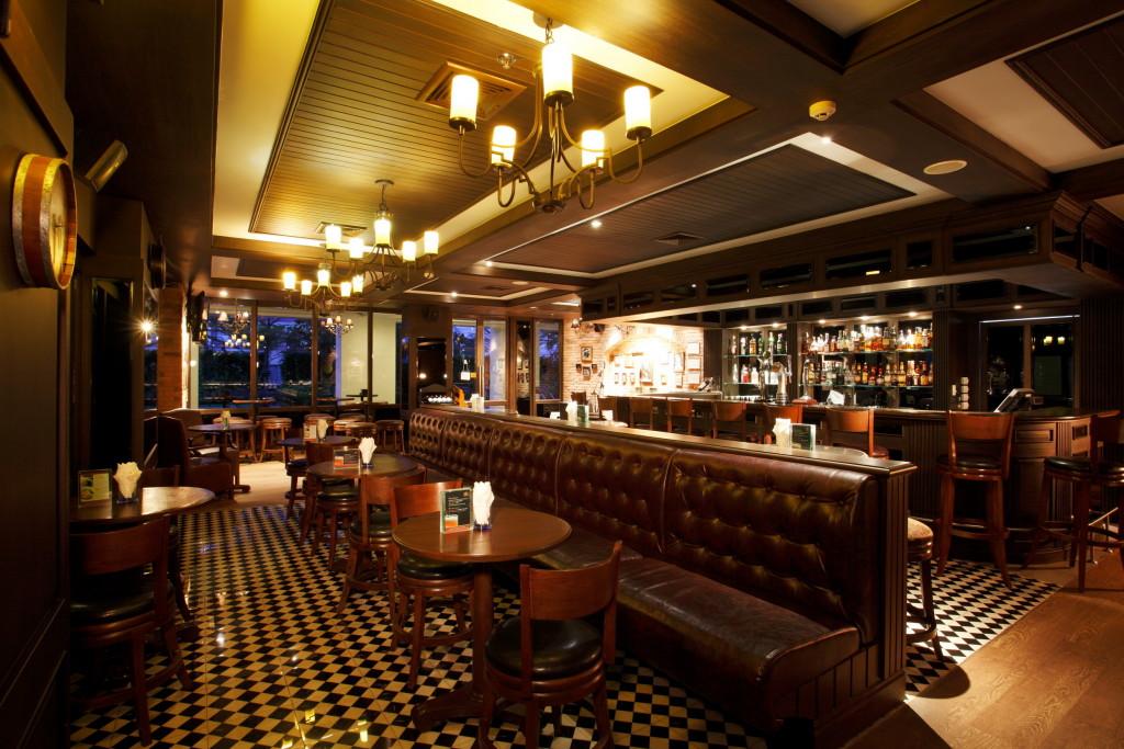 Centara Hotel & Convention Centre Khon Kaen - London Inn