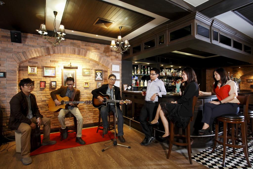 Centara Hotel & Convention Centre Khon Kaen - London Inn 4