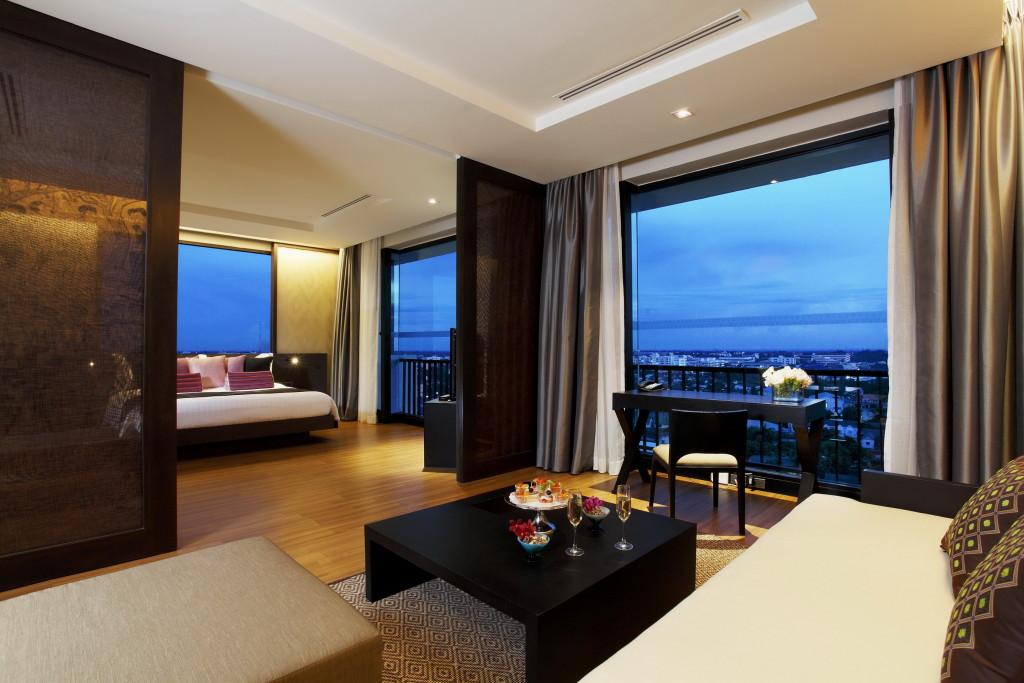 Centara Hotel & Convention Centre Khonkaen - Executive Suite 5