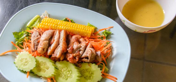 หลากเมนูอาหารสุขภาพสำหรับคนรักไก่ ที่ร้าน 'ไก่รสทิพย์'
