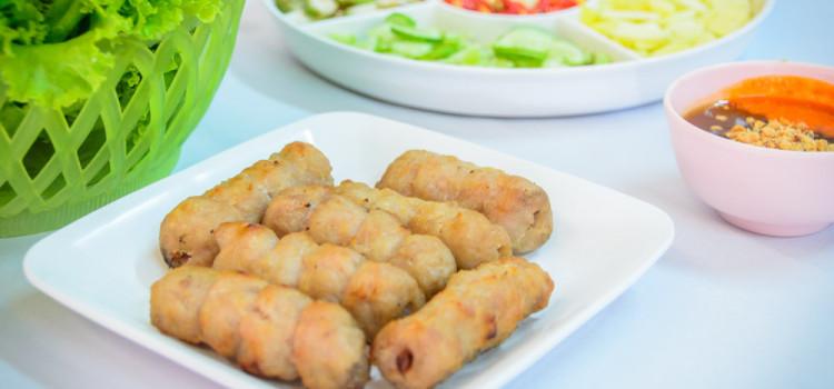 ชวนชิมเมนูแหนมเนืองสูตรต้นตำหรับ และเมนูอาหารเวียดนามหลากรส ที่ร้าน 'อัมพรแหนมเนือง'