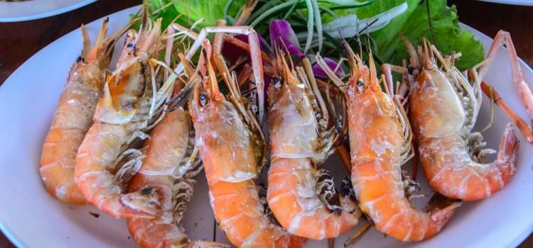 เต็มอิ่มกับเมนูกุ้งเผา และหลากเมนูซีฟู๊ดรสเด็ด กับบรรยากาศแสนเป็นกันเอง ที่ร้าน 'สวนอาหารขอนแก่นกุ้งเผา'