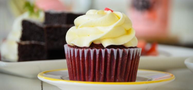 เติมความหวานกับเมนูมาการอง และ คัพเค้กแสนอร่อย ที่ร้าน 'Tea Time Cafe'